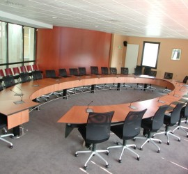 Mobilier – Table d'administration